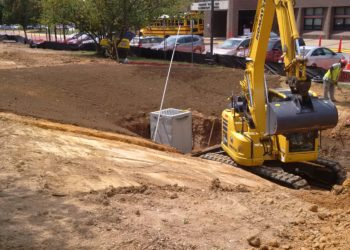 installing-1-of-4-micro-bioretention-facilities-at-francis-scott-key-thru-the-cwp-schools-program